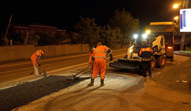 Ночной ремонт дорог в Красноярске