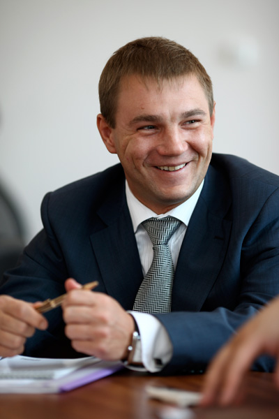 Андрей лопатин директор