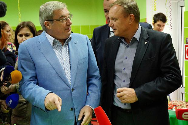 Зао солгонское ужурского района с 1998 г возглавляет борис мельниченко