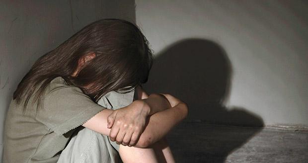 Житель Канска избил 12-летнюю девочку