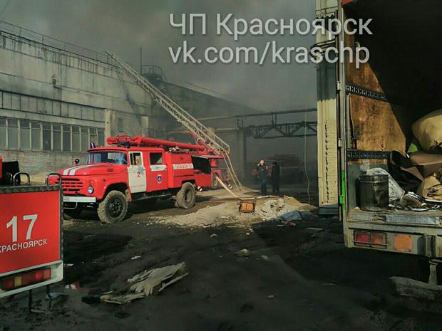 Пожар в мебельном цехе