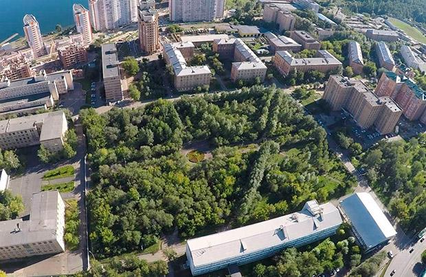 Сквер в Студгородке Красноярск