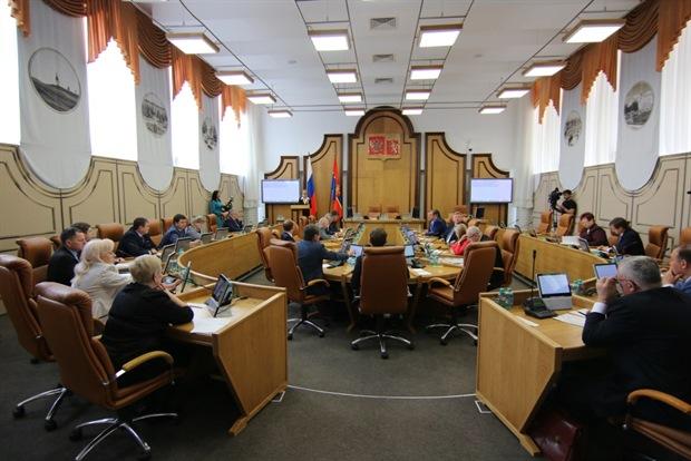 Горсовет утвердил комиссию по выборам мэра Красноярска