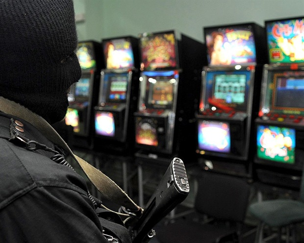 Нелегальные игровые автоматы в красноярске калининград казино фото